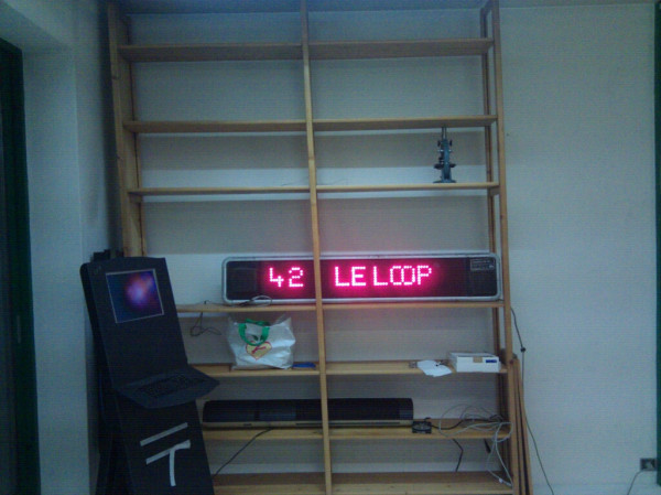 Le Loop One Line Led Matrix